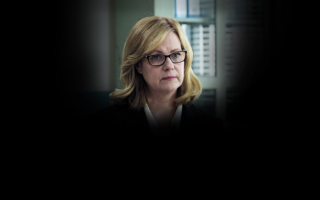 Catherine Scott Played By Bonnie Hunt Escape At Dannemora