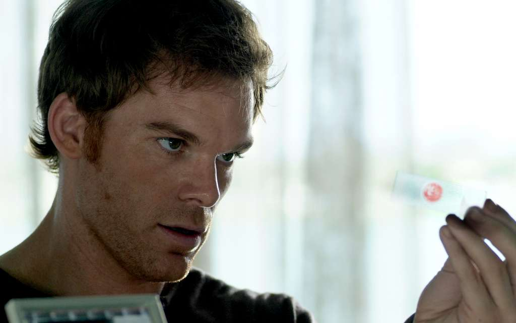 Dexter - Season 1 Episode 1, Dexter | SHOWTIME
